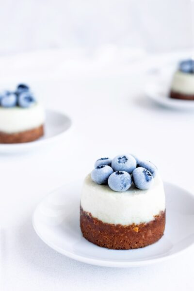 Minis cheesecakes citron myrtilles